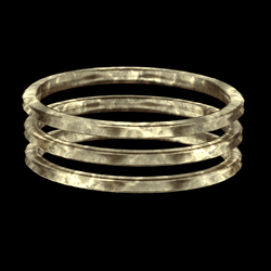 Tripple Armlet Brass - rigged left
