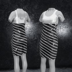Dress Elly latex stripes black silver
