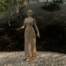 STATUES WOMAN LONGUE DRESS
