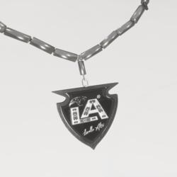 Livello Alto Brand Necklace_Promotion